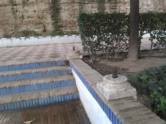 jardines-de-murillo-resto-de-pilares-de-la-antigua-pergola-febrero-2016