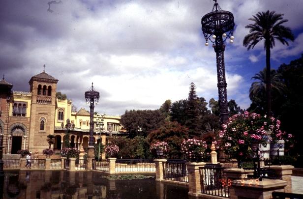 parque-de-maria-luisa-plaza-de-america-dw