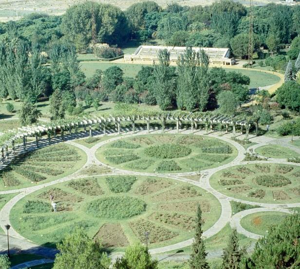 sevilla-parque-de-los-principes-rosaleda-a1