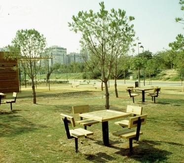 sevilla-parque-miraflores-mesas-de-ajedrez