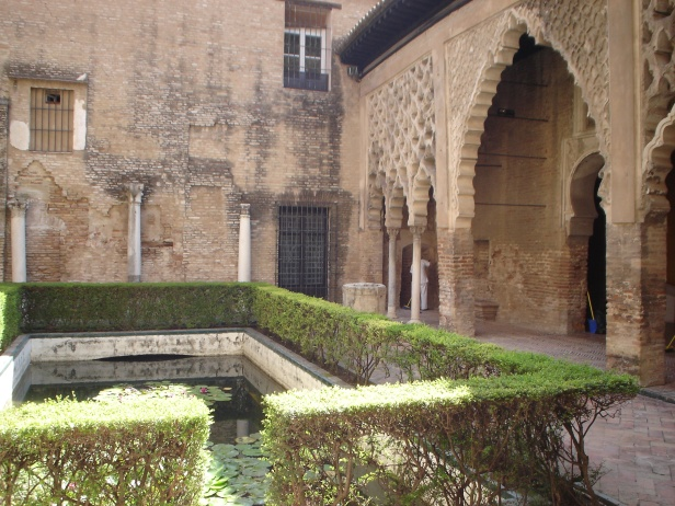 alcazar-patio-del-yeso-1-2