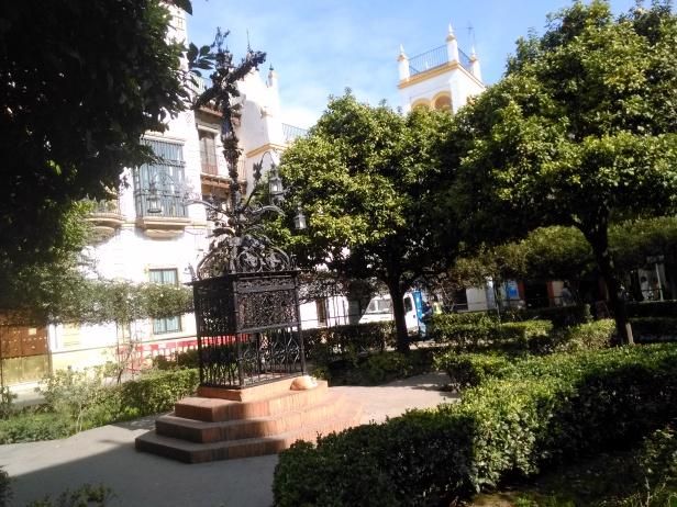 plaza-de-santa-cruz-24-de-febrero-008