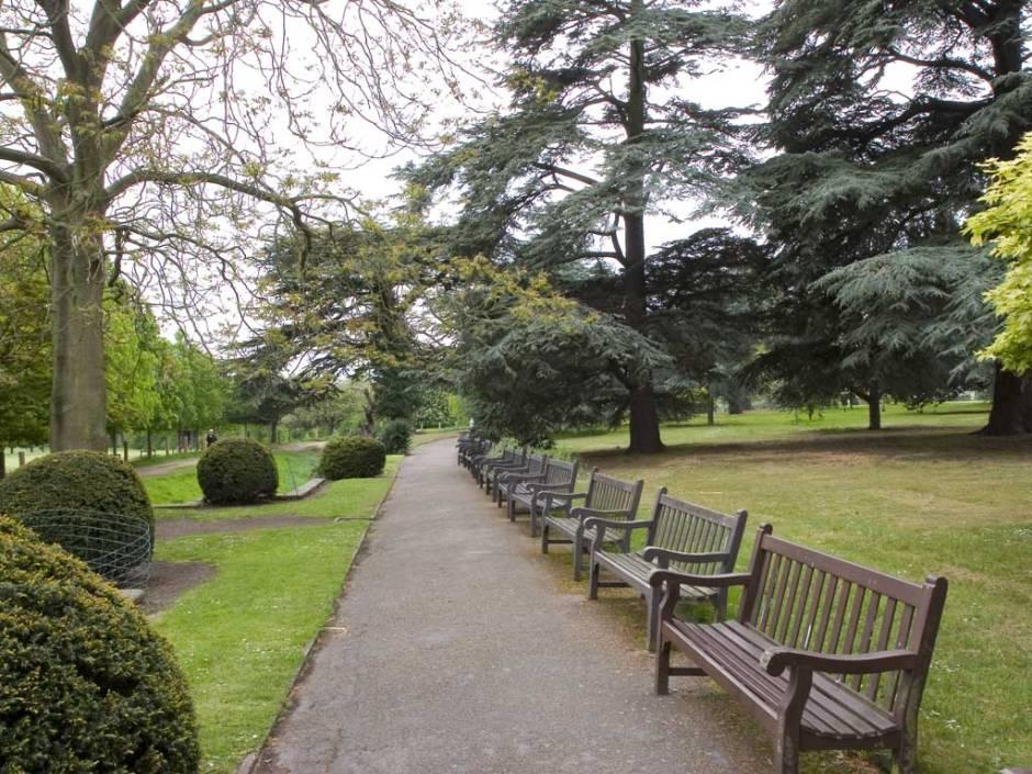 wollaton-park-gardens