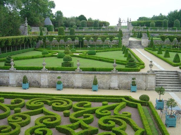chateau-de-brecy-jardins-du-chateau-de-brecy-1