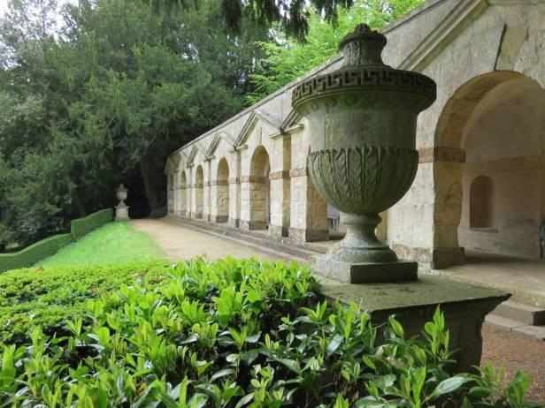 inglaterra-iford-manor-peto-gardens