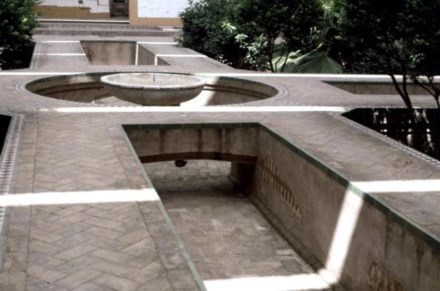 jardin-almohade-en-plaza-de-la-contratacion-m