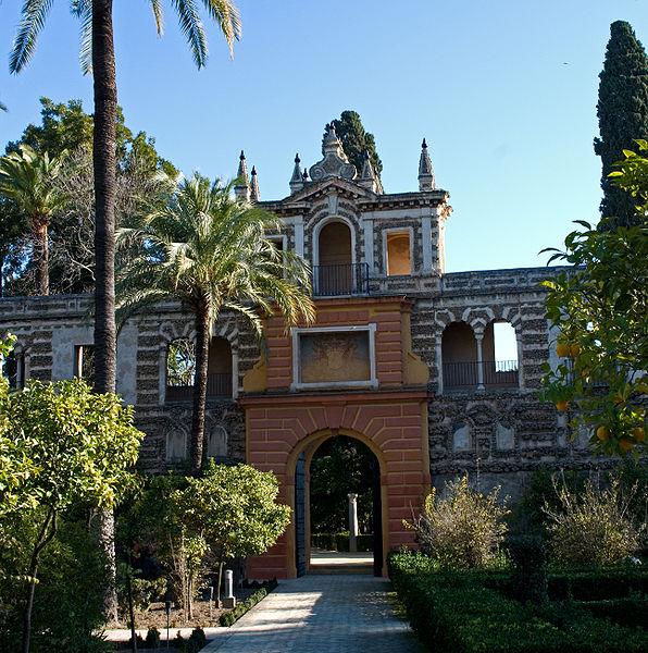 jardines-del-alcazar-puerta_del_privilegio