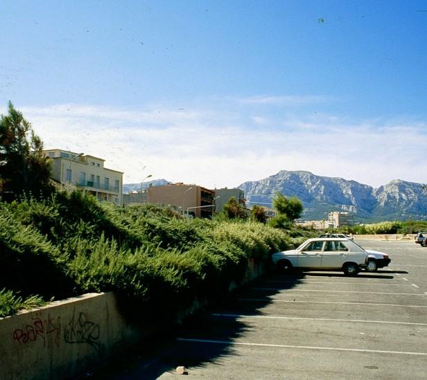 marsella-aparcamiento-playa-2