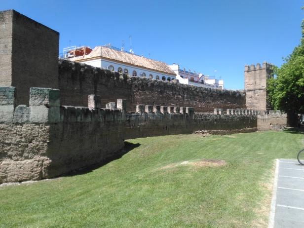 murallas-de-la-macarena-a