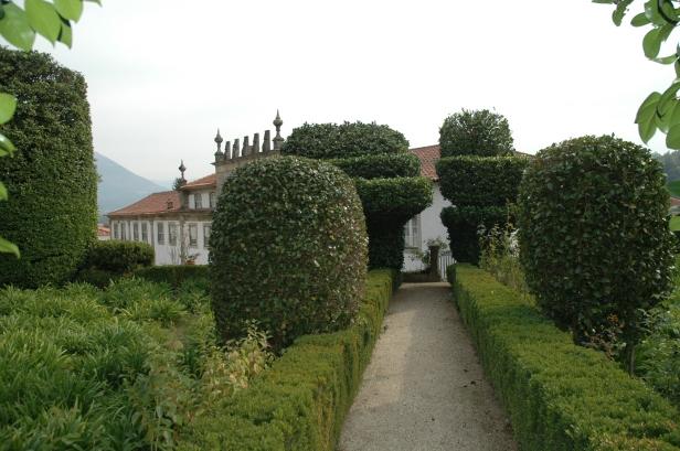 portugal-casa-do-campo-celorico-de-basto-12