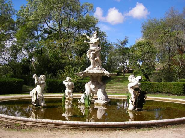 portugal-palacio-nacional-de-quelux-fuente-de-neptuno