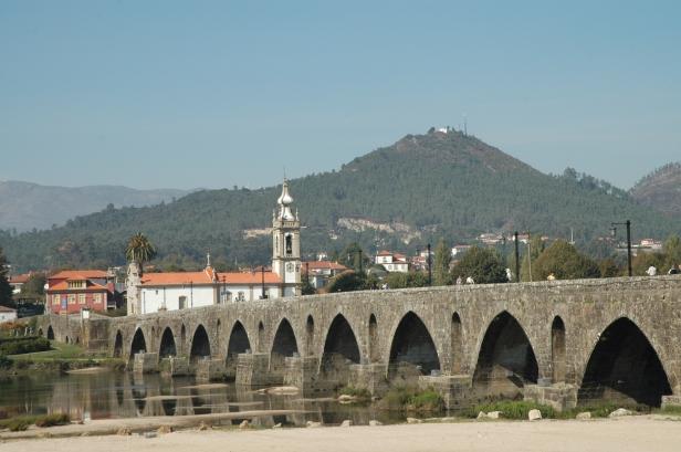 portugal-ponte-de-lima-puente-1