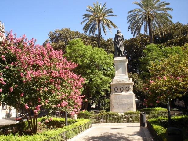 sevilla-plaza-del-museo-x2