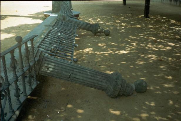 vandalismo-en-la-plaza-de-america-a4