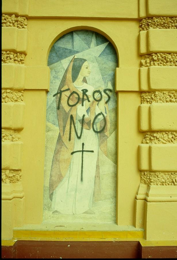vandalismo-monumento-a-catalina-de-ribera
