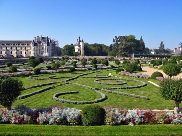 chateau-chenonceau_gardens-2