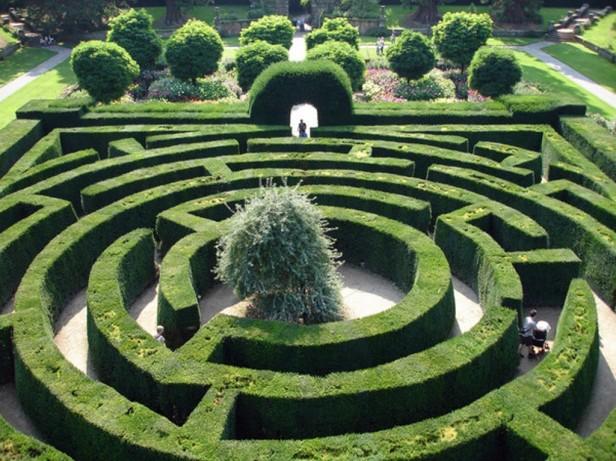 chatsworth_garden_maze