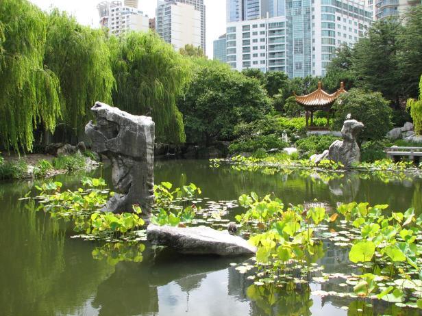 chinese-lake-of-brightness