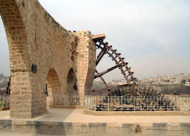 historia-noria-y-acueducto-en-siria_