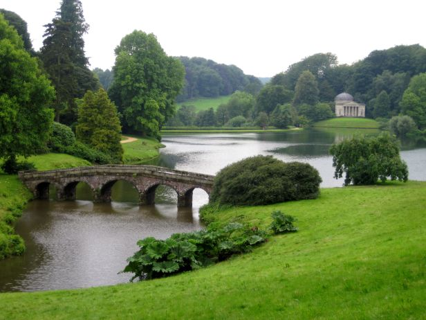 ingles-stourhead-capability-brown-aa