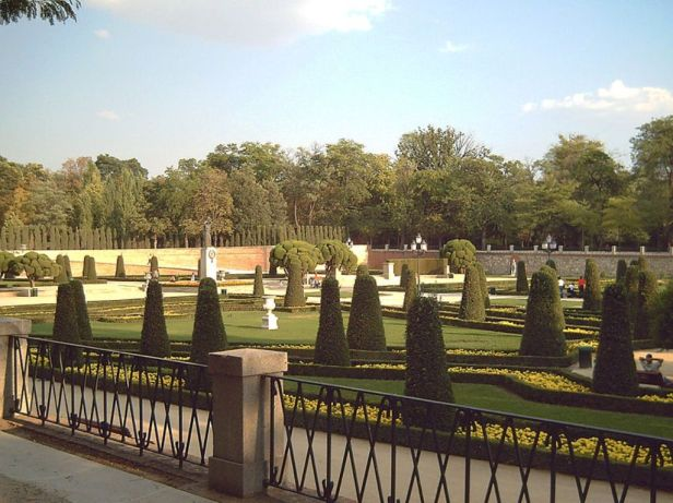 jardines_del_buen_retiro_-_parterre1