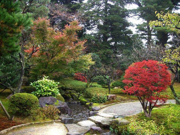 kenrokuen_garden-kanazawa-japan-1