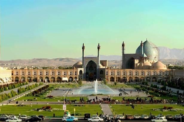 persa-naghshe_jahan_square_isfahan-a