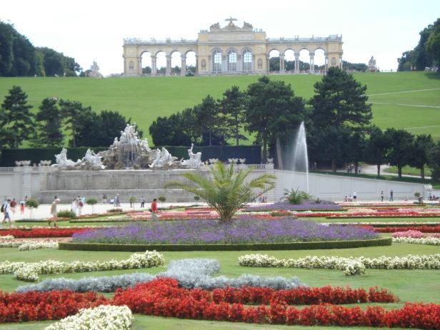 schonbrunn-summer-palace-3