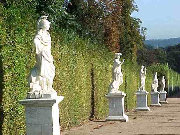 versailles-statues-2