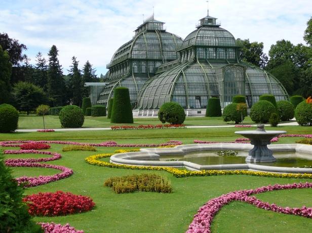 vienna-gardens-of-schonbrunn-ktj