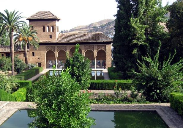 alhambra-gardens-granada-el-partal