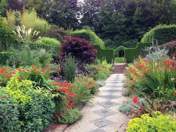 au-cloudehill-gardens-g