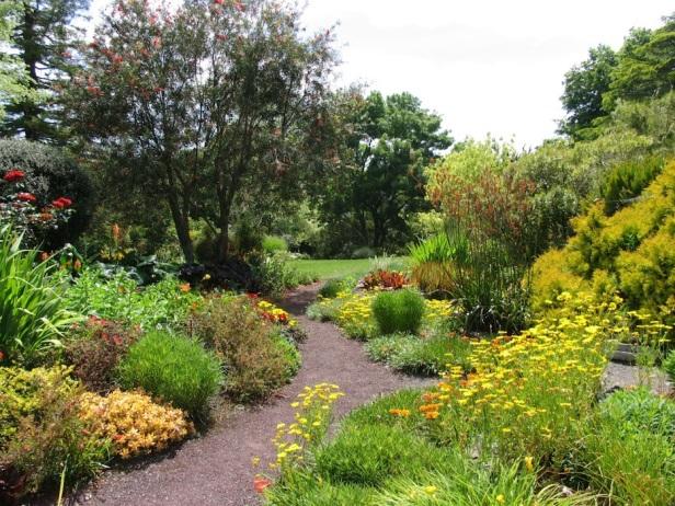 ayrlies-garden-new-zealand-w