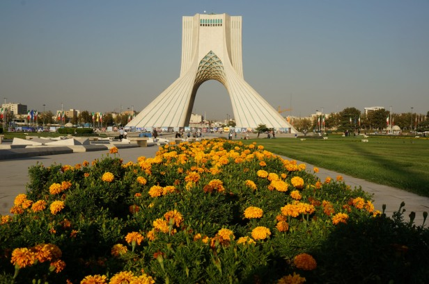azadi-tower-monument-gardens-abb