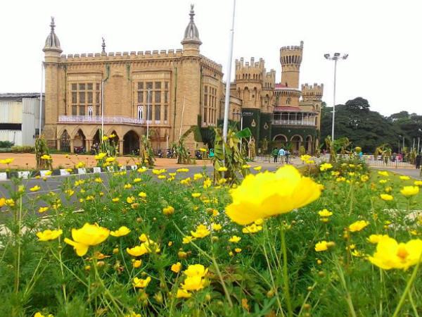 bangalore-palace-bas