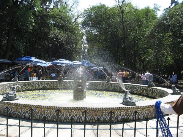 chapultepec-fros-fountain-mexico-2