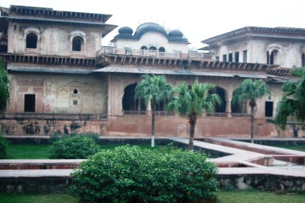 deeg-palace-gardens-india-ab