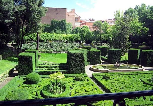e-palacio-de-liria-jardin-posterior