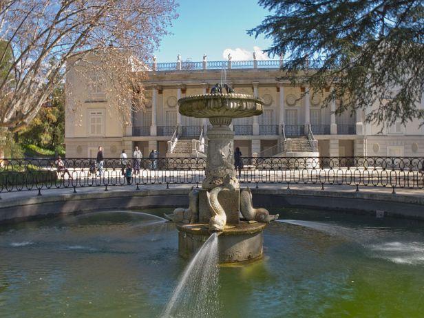 e-parque-de-el-capricho-alameda-de-osuna-el_capricho_-_jardin_artistico_de_la_alameda_de_osuna_-_09
