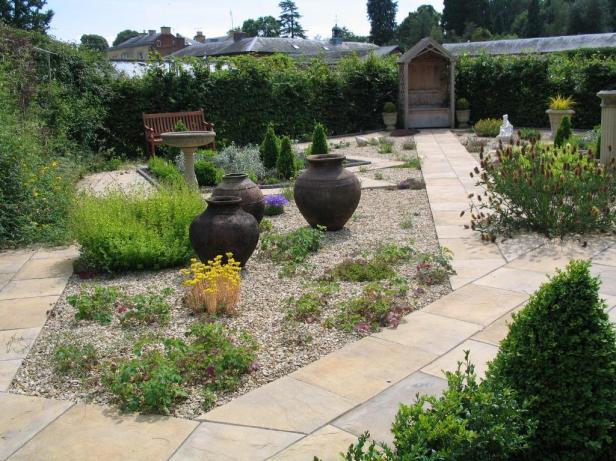 glansevern-house-gardens-4