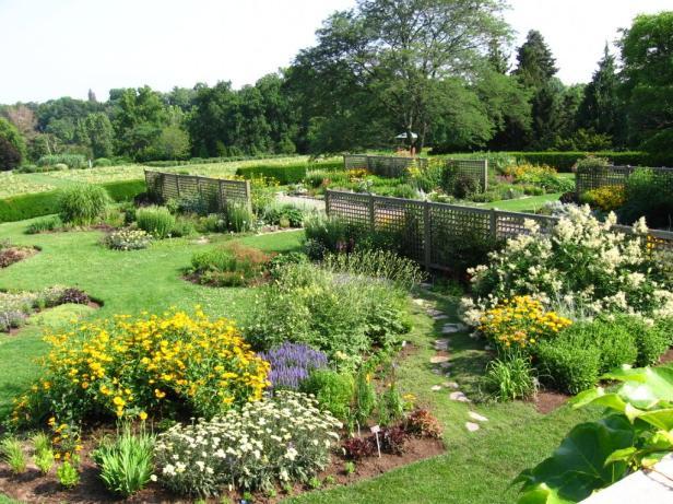 hamilton-gardens-nz-botanic