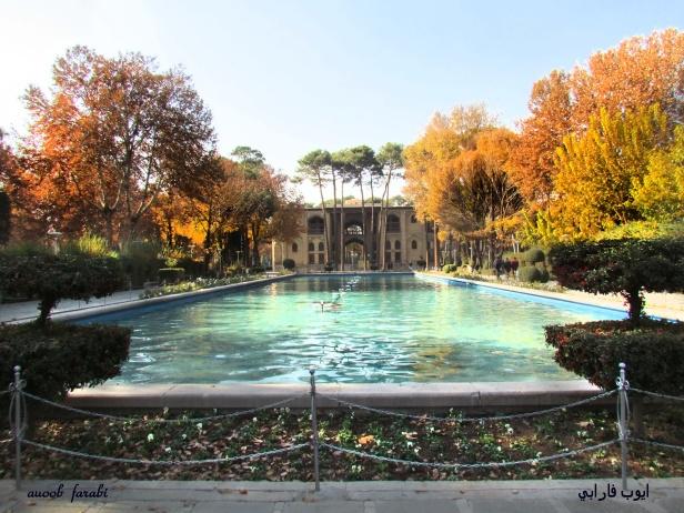 hasht-behesht-garden-isfahan-iran-bws