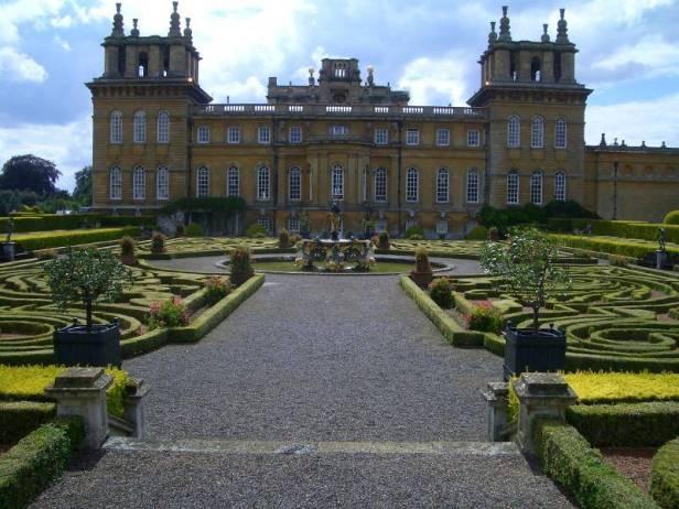 ing-blenheim-palace-garden-b