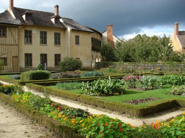 ing-hamaeau-de-la-reine-jardins-de-versailles-149
