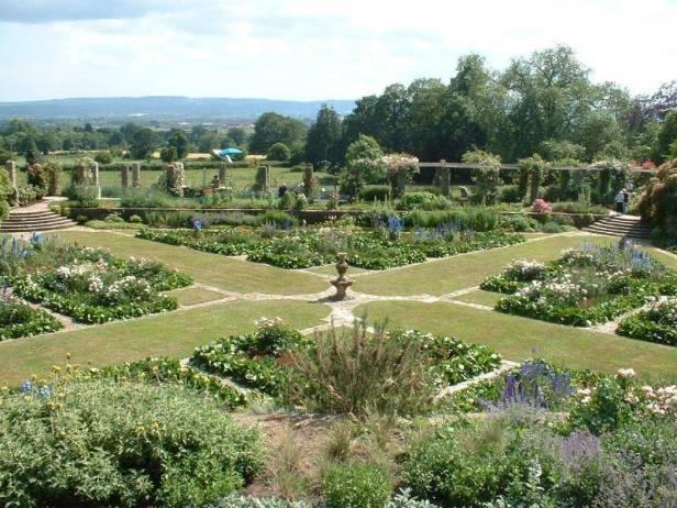 ing-hestercombe-gardens