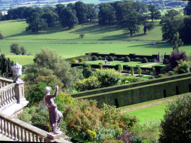 ing-powis-castle-and-garden-welshpool-a