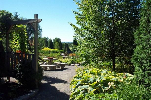 jardin-scuillon-canada-1_redimensionar