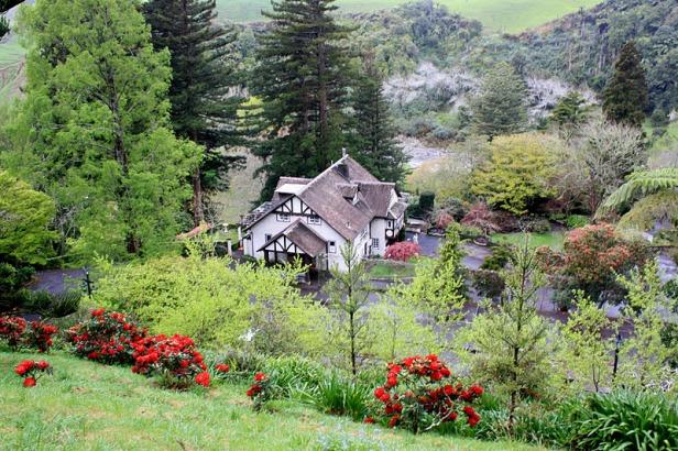 marys-place-gardens-taranaki-in-new-plymouth-kltaranaki-october-2011-029