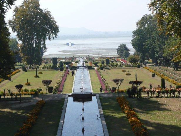mughal-gardens-2-4