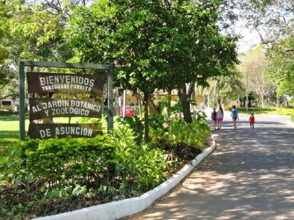 pa-jardin-botanico-asuncion-paraguay-1-600x450